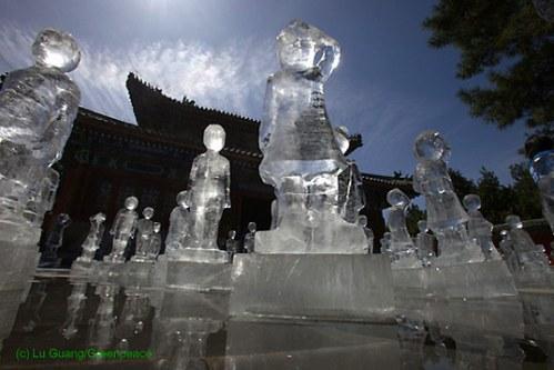 greenpeace_icesculptures2